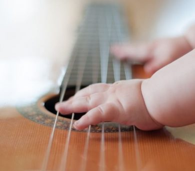 Hudba všemi smysly