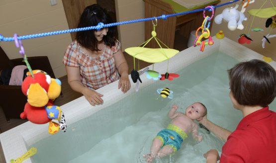 Plavání ve vaně